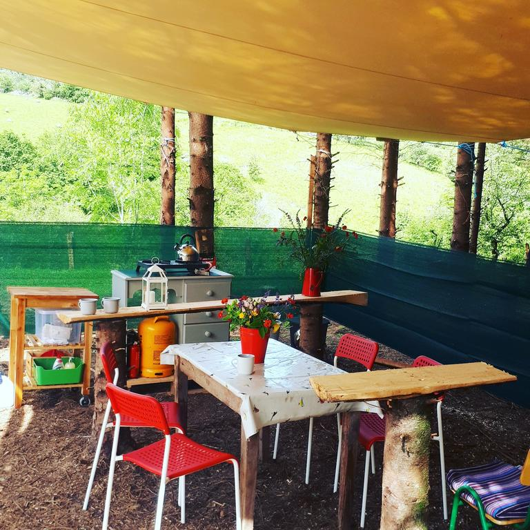 Nire Valley Glamping Open-Plan Dining Area