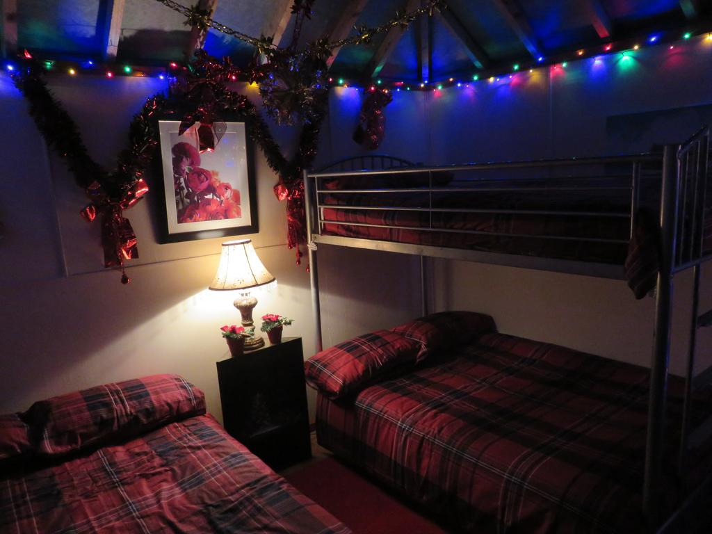 Shannon Estuary Glamping Beds 3