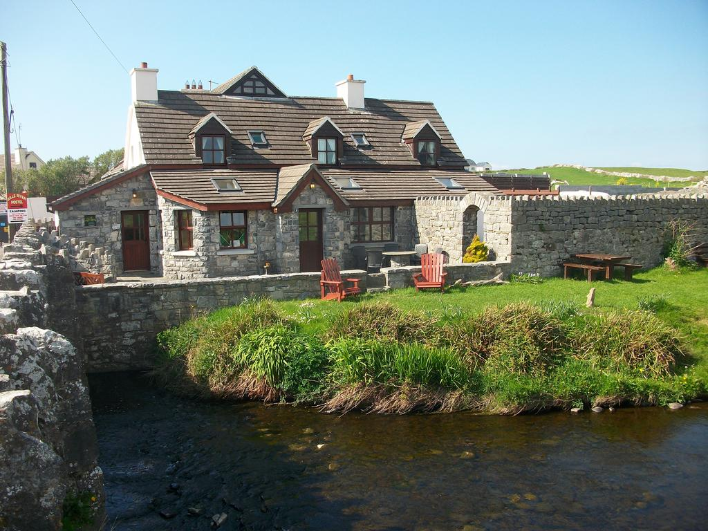 Aille River Hostel & Camping Doolin the house