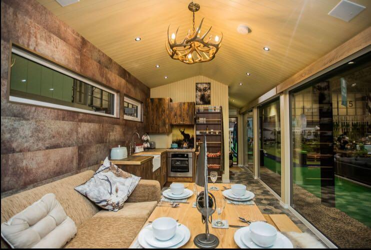 Gorestown Glamping Chalets Dining Area